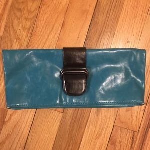 CLEARANCE: Shiraleah Teal Clutch